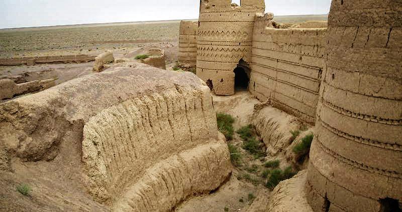 Karshahi Castle, the Biggest adobe Castle in Iran