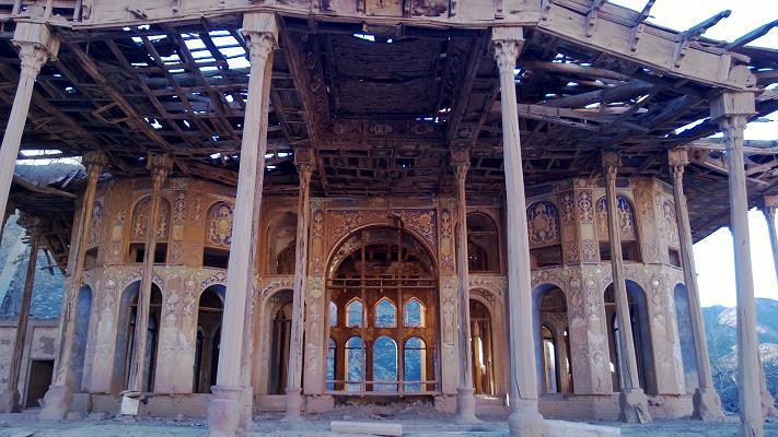 sarhangabad-palace-2