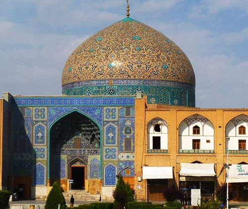 Travel to Iran-Sheikh-Lutfollah-Mosque-Travel-to-Iran-1-1