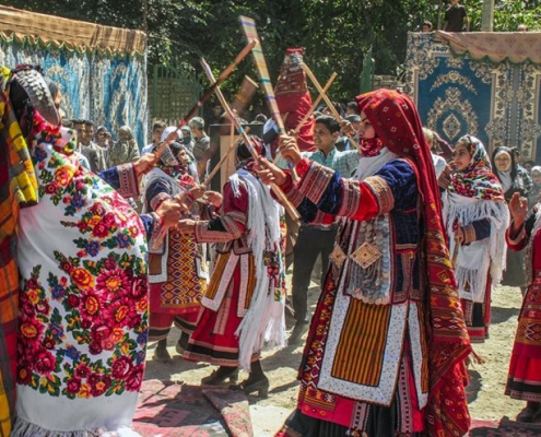 Travel to Iran and Visit Friendly Iranian Ethnic Groups