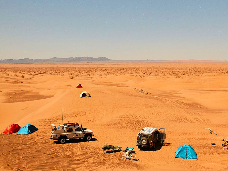 Iran deserts : Rig-e Jenn