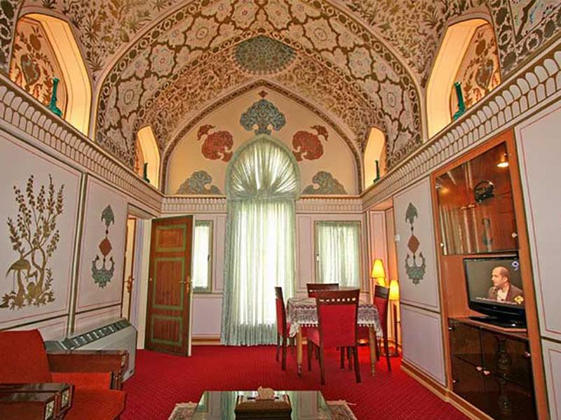 Ghajar suit_Hotel Abbasi