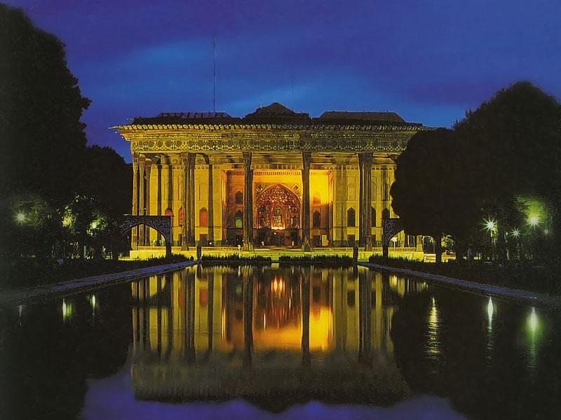 Chehel Sotoon Palace_Isfahan