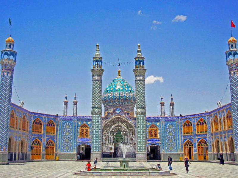 Holy_shrine_of_Imamzadeh_Helal_Ali_in_Aran_va_Bidgol_city