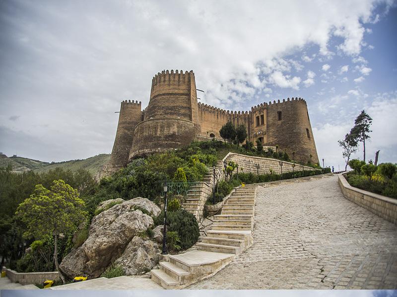Falakolaflak castle