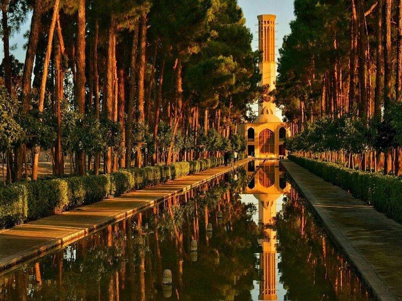 Dolat abad garden _ yazd