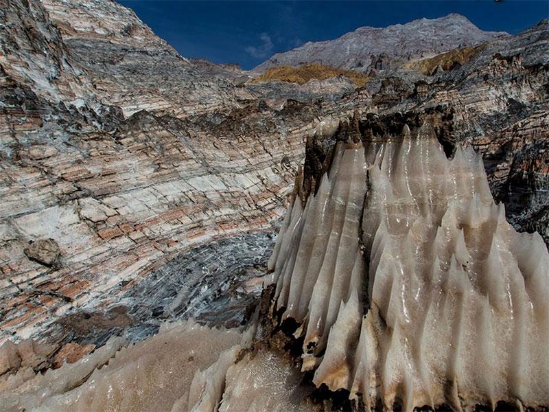 Jashkak salt Mt. - Bushehr